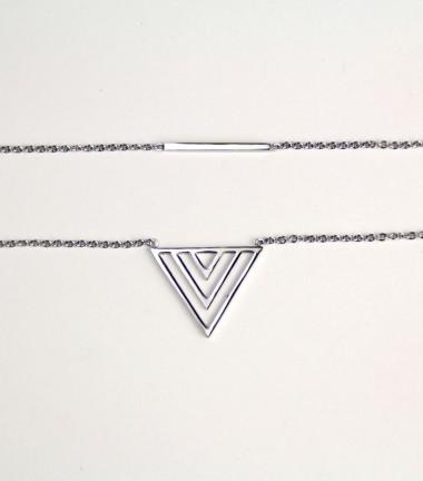Collar Triangulo